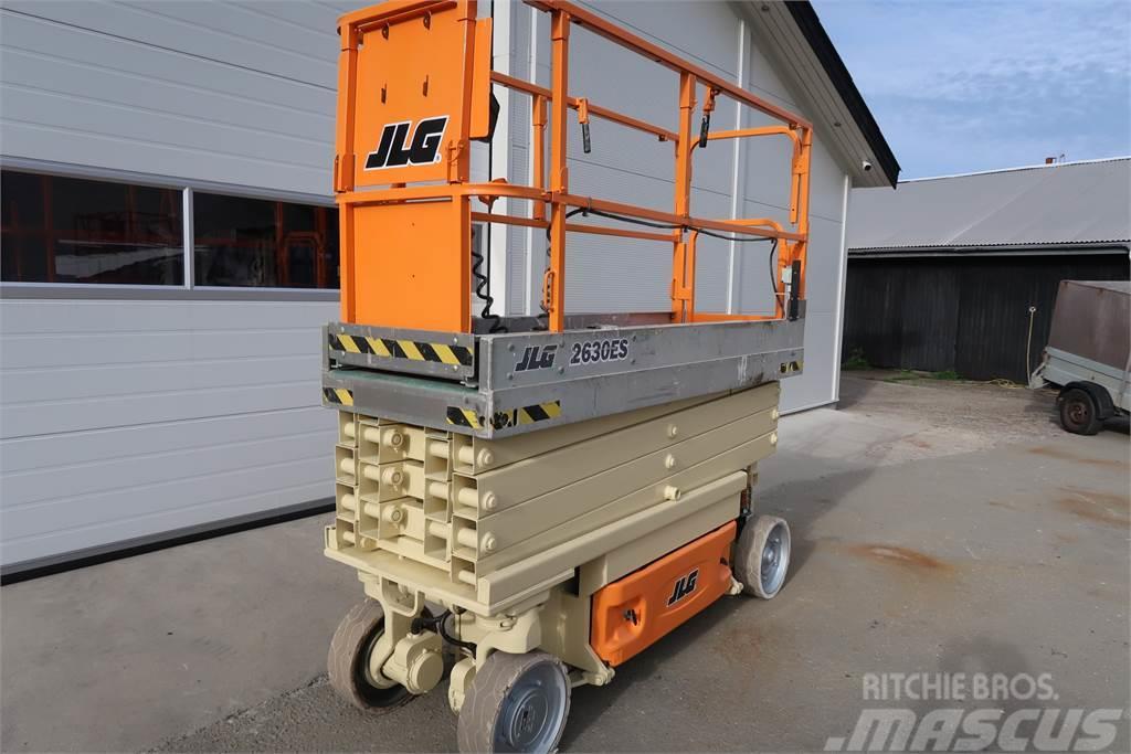 JLG 2630es