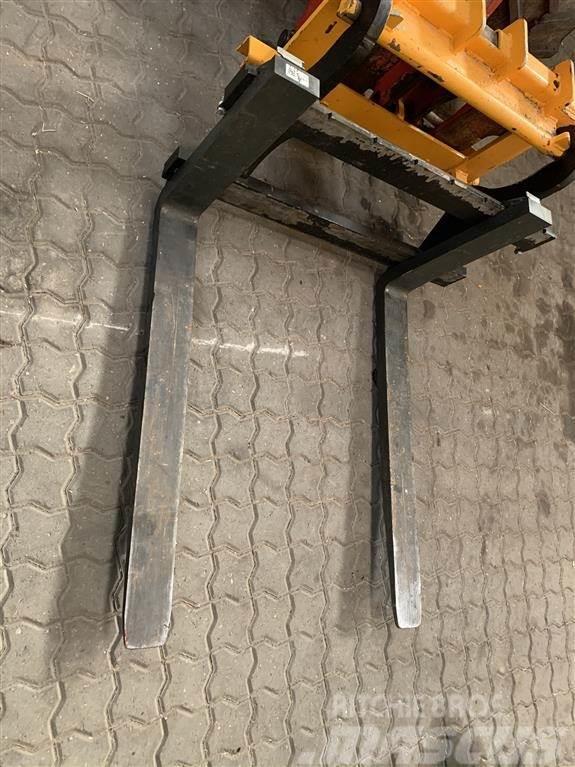 [Other] JST Pallegaffel 1500kg