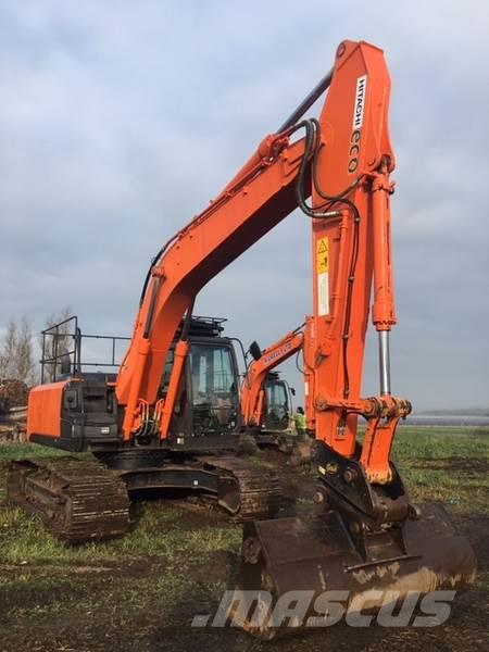 Hitachi ZX210LC-5B Excavator