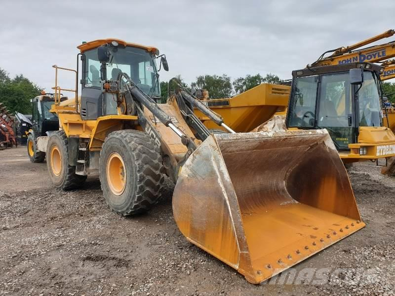 JCB 426E Loading Shovel