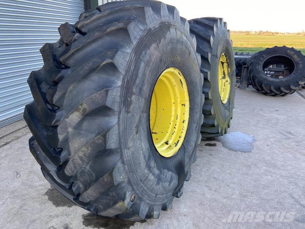 [Other] Russian floatation wheels and tyres John Deere 28.