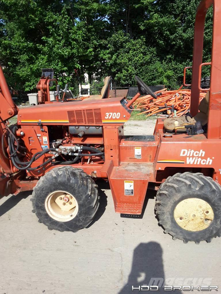 Ditch Witch 3700