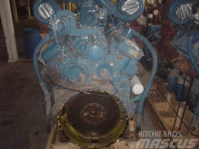 Detroit 16V92T, Motorer
