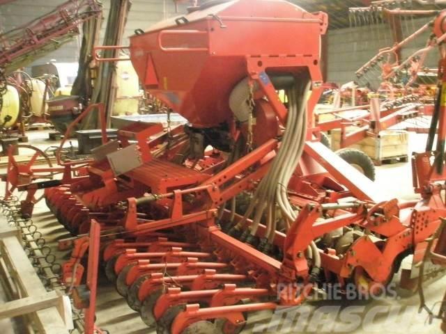 Kuhn Venta 4m LC såmaskine med skiveskær