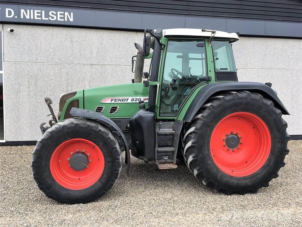 Fendt 820 Vario TMS Front-PTO