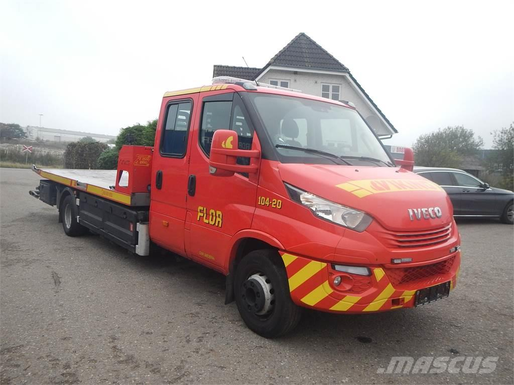 Iveco Daily 70C17 Skydelad