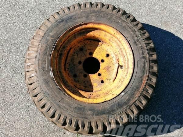 Komplet hjul 10x75-15.3