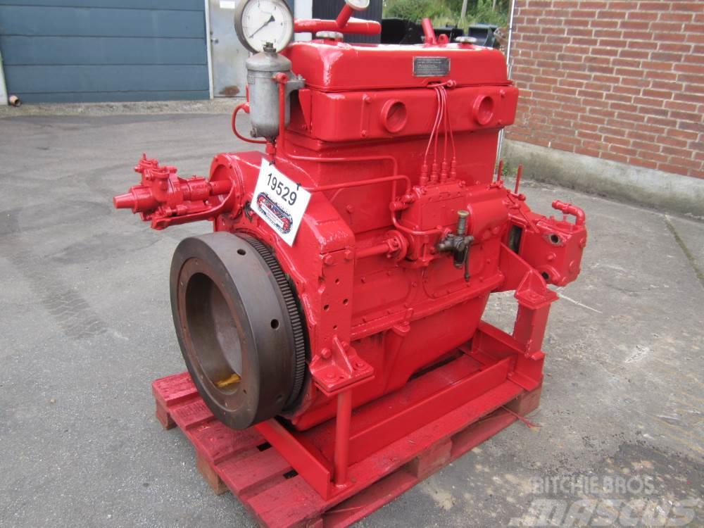 LES ANNÉES DES SOUVENIRS  - Page 2 Bukh-4-cyl-diesel-motor,99300326_1