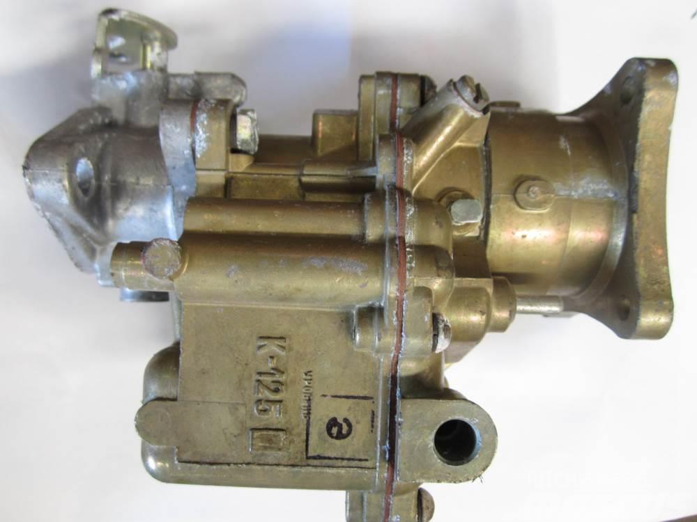 Caterpillar Karburator - ca. 75 stk. - ex. Cat D8800 motor