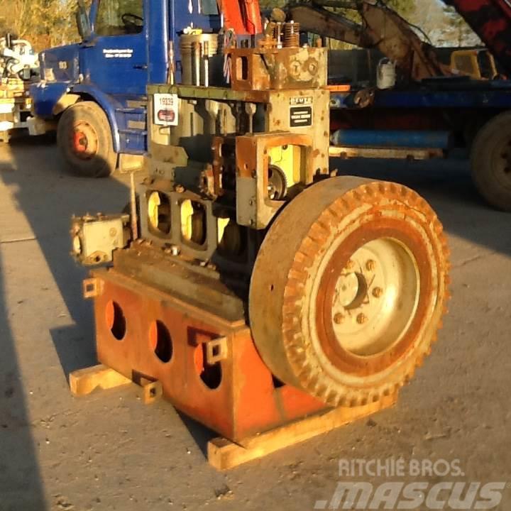 Deutz SA3M 528 3 cyl motor - kun til reservedele