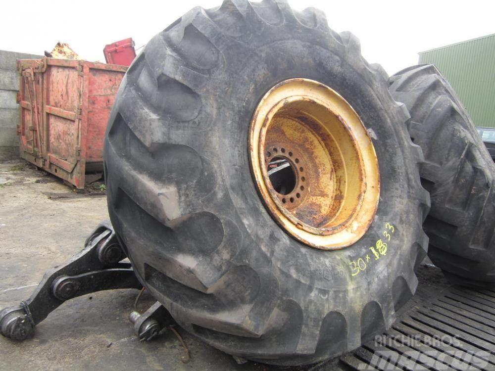Firestone 30.00x33 Firestone Heavy Duty Ground Grip dæk