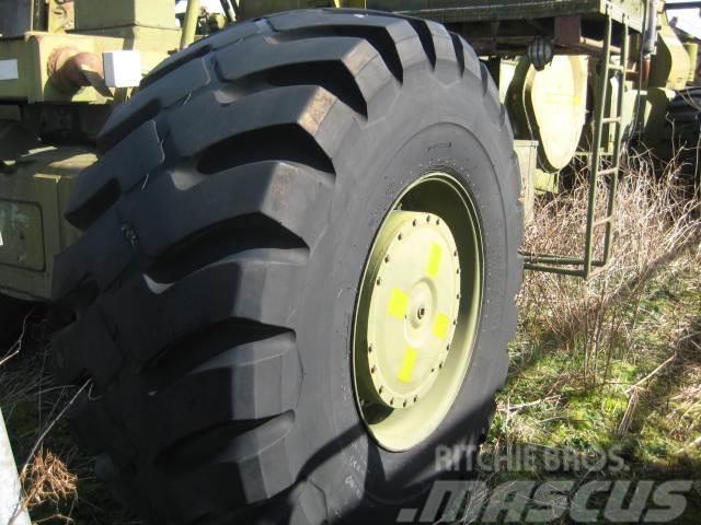 Firestone 30x33 Firestone Super Rockgrib L4 dæk - 40-80% - 1
