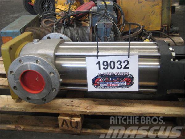 Grundfos pumpe Type CR60-40