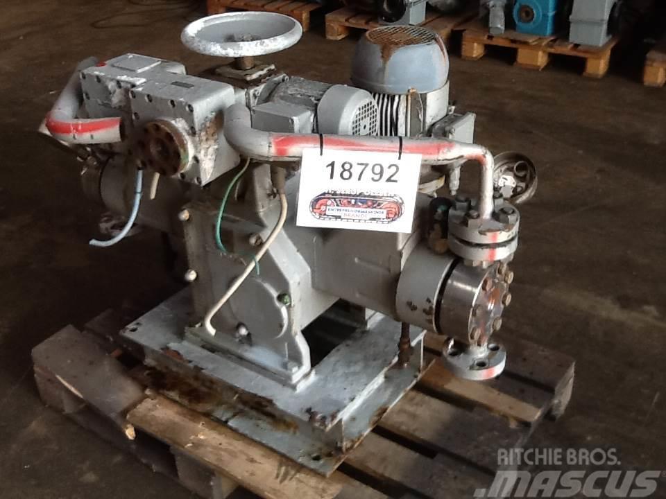 Lewa Type H4M1B pumpe