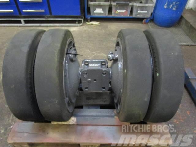 Mafi hjul - Fastgummihjul 26x6x20