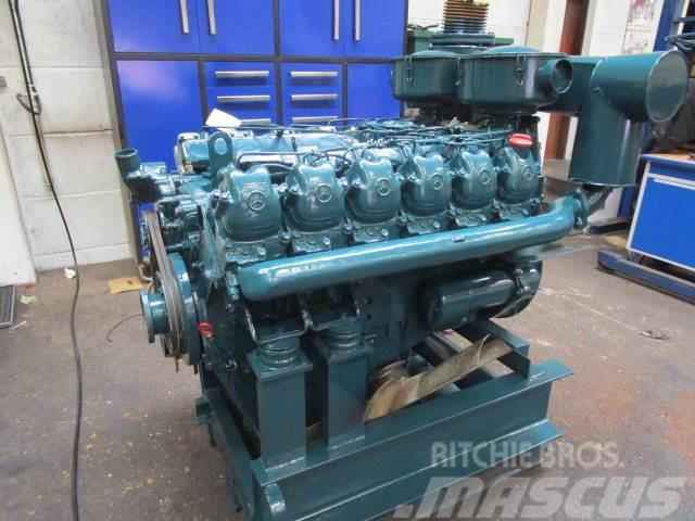 Mercedes-Benz V12 motor
