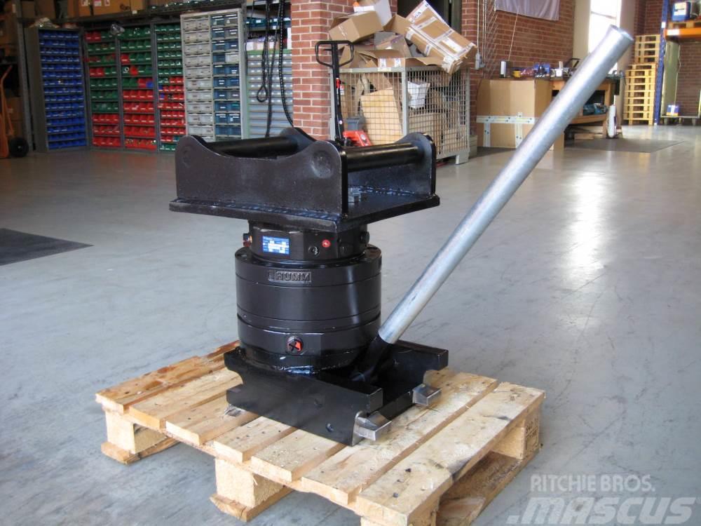 Thumm rotator 9 ton monteret med Hydrema hurtigskift