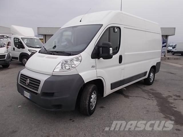 fiat ducato occasion prix 9 900 ann e d 39 immatriculation 2011 fourgon fiat ducato. Black Bedroom Furniture Sets. Home Design Ideas