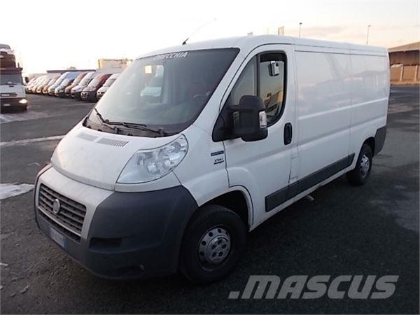 fiat ducato 33 150cv occasion prix 12 900 ann e d 39 immatriculation 2013 fourgon fiat. Black Bedroom Furniture Sets. Home Design Ideas
