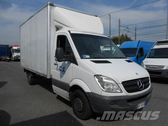 mercedes benz sprinter occasion prix 7 500 ann e d 39 immatriculation 2008 camion fourgon. Black Bedroom Furniture Sets. Home Design Ideas