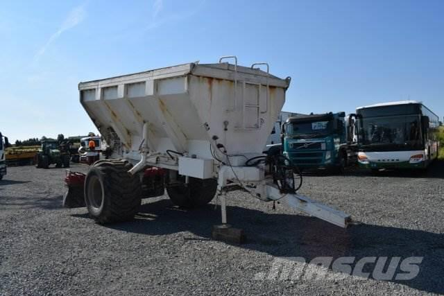 Wirtgen RW 8000 / Kalkstreuer / Recycler/Bindemittelstre