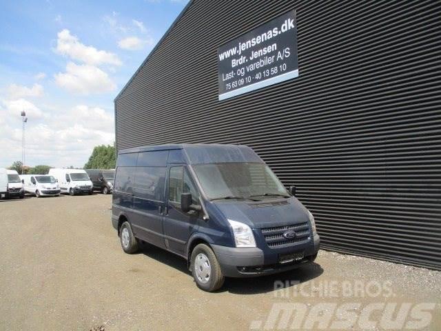 Ford Transit 350M Van
