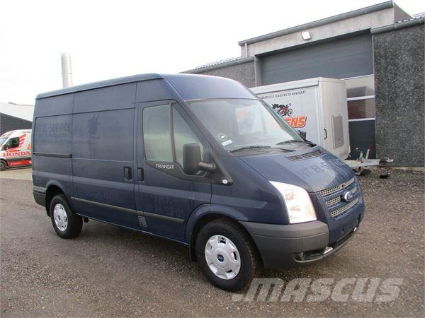 ford transit 350m van occasion prix 19 478 ann e d 39 immatriculation 2013 fourgon ford. Black Bedroom Furniture Sets. Home Design Ideas