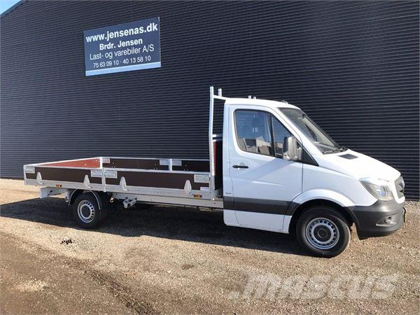 used mercedes benz sprinter 319 flatbed dropside year 2017 price 54 972 for sale mascus usa. Black Bedroom Furniture Sets. Home Design Ideas