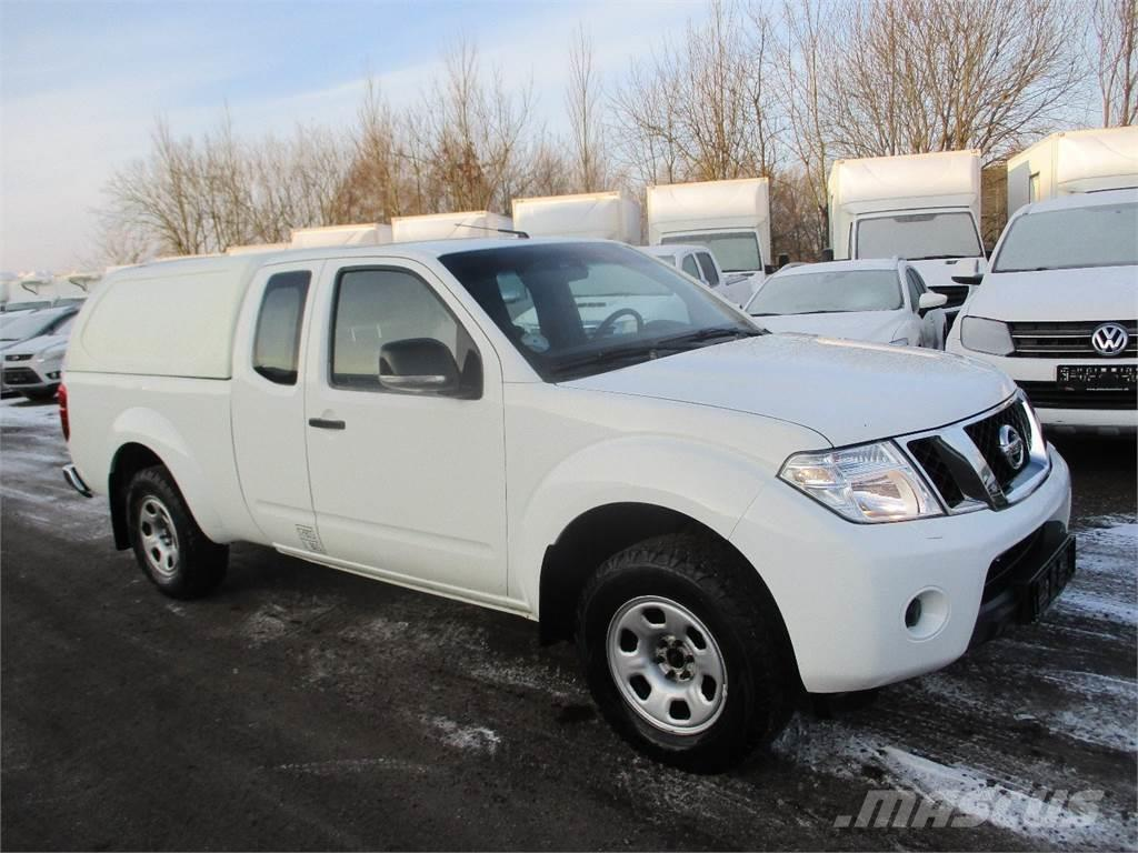 nissan navara occasion prix 20 813 ann e d 39 immatriculation 2012 utilitaire benne nissan. Black Bedroom Furniture Sets. Home Design Ideas