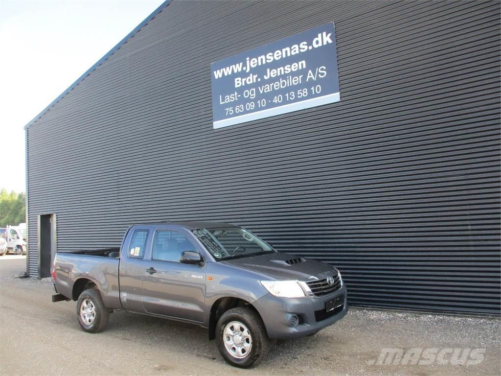 Used Toyota Hilux Pickup Trucks Year 2013 Price 18985 For Sale Cars With Prices