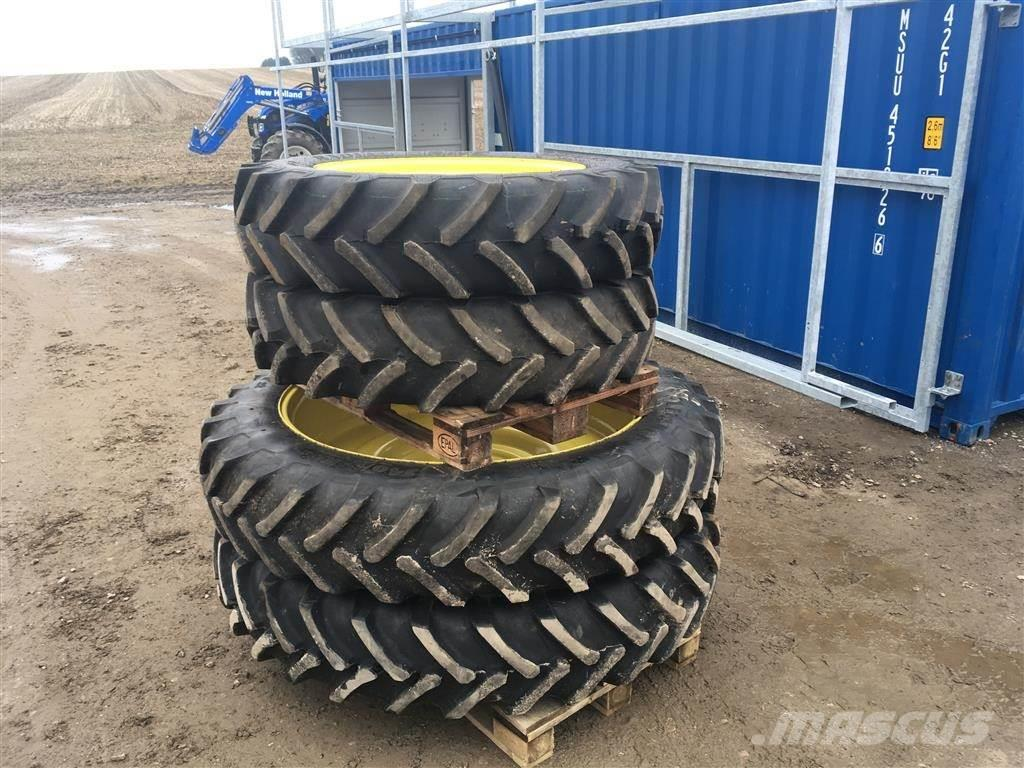 Alliance 320/85 R32 + 340/85 R48 Til JD 6920