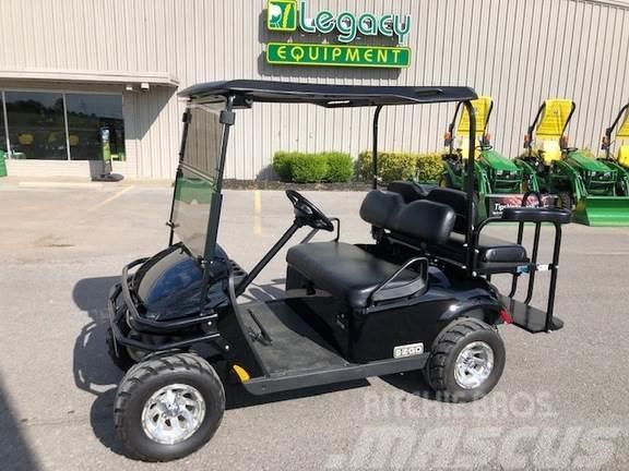 E-Z-GO TXT Valor Gas Golf Cart