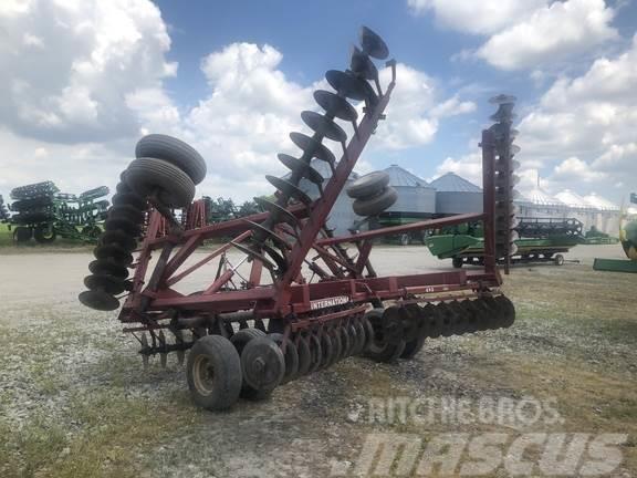 International Harvester 490
