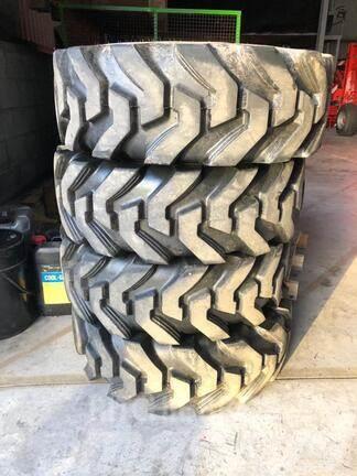 JCB *NEW* 12.5/80-18 Camso Telehandler Tyres