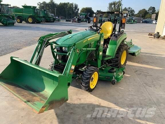 John Deere 2032R