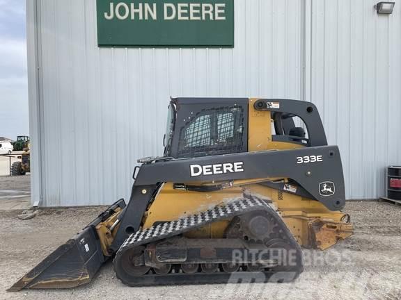 John Deere 333E