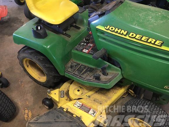 John Deere 345 >> John Deere 345