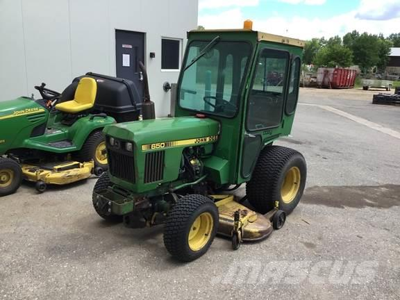 John Deere 650 W/DECK, CAB AND HEAT