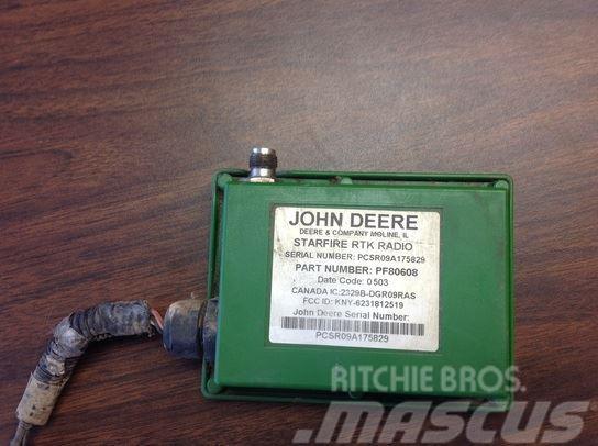 John Deere 900 RTK Radio