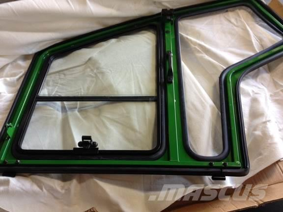John Deere AM144861 LH CAB DOOR