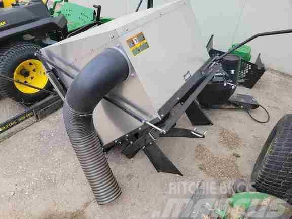 John Deere Dump From Seat Bagger