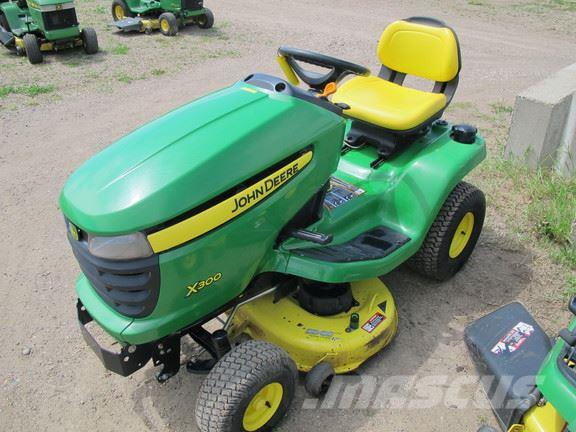 john deere x300 for sale belle plaine mn price 1 950. Black Bedroom Furniture Sets. Home Design Ideas