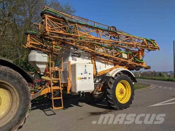 Knight 4000 Litre Sprayer
