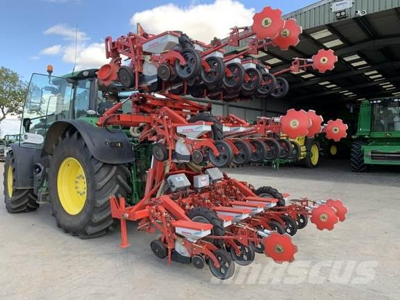 Kverneland 18 row sugar beet drill