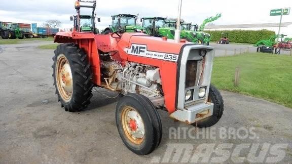 Massey Ferguson Tracteur agricole MASSEY FERGUSON 235
