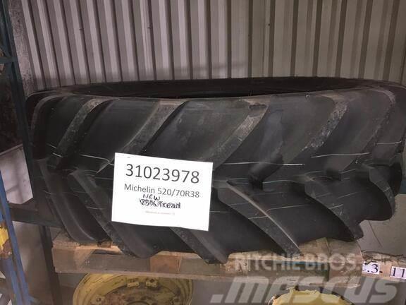 Michelin *NEW* 520/70 R38 Tyre
