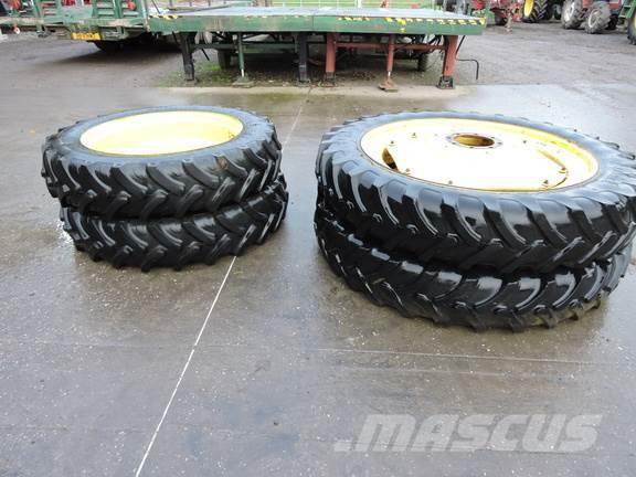 [Other] 13.6 x 48 and 320/85 x 36 Rowcrop Wheels