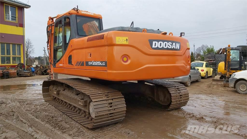 Doosan DX 225LC