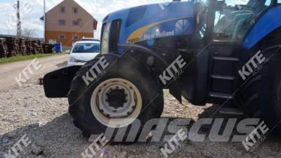 New Holland 8020