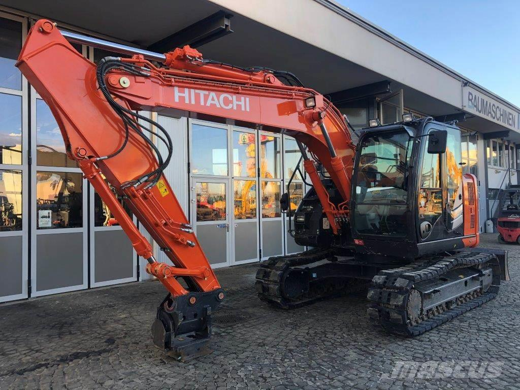 Hitachi ZX 135 US - 6